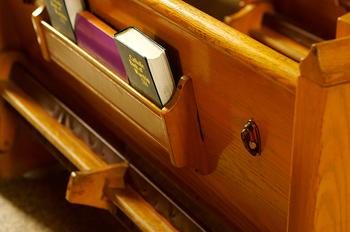 Church Pew2