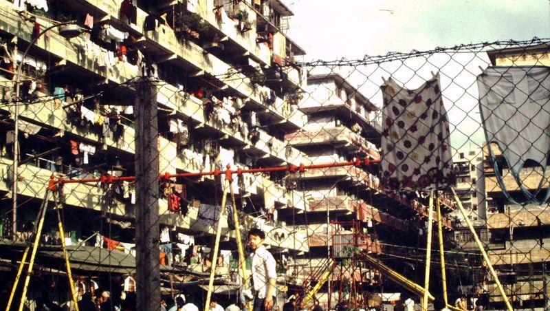 Refugee Housing v8d