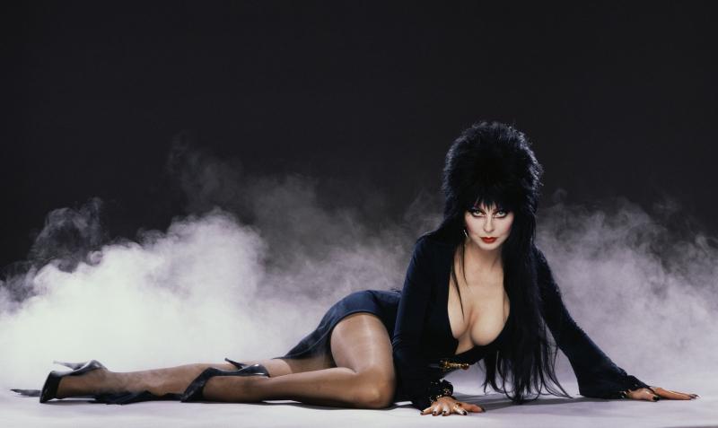 Elvira Reclining w_smoke small